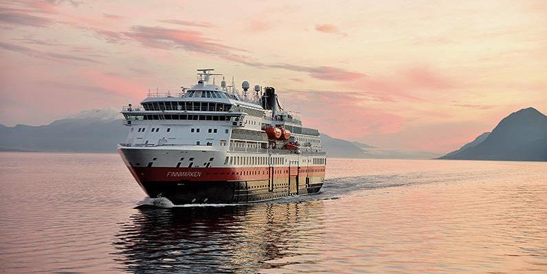MS Finnmarken - Bildquelle: Hurtigruten