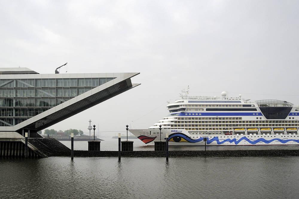 AIDAmar in Hamburg Altona - Bildquelle: AIDA Cruises