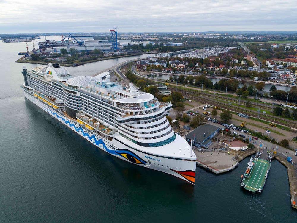 AIDAprima in Warnemünde - Bildquelle: AIDA Cruises