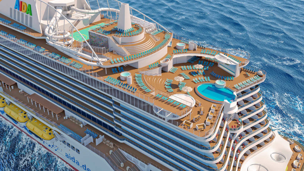 AIDAcosma - Pooldeck - Bildquelle: AIDA Cruises