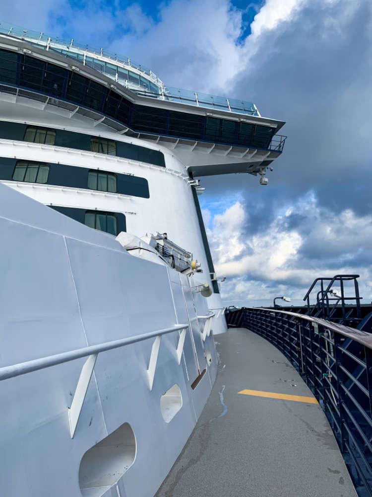 Der begehbarer Bug auf der Mein Schiff Flotte - Bildquelle: Cruisify.de
