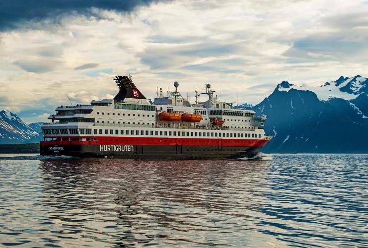Hurtigruten - MS Nordnorge - Bildquelle: Hurtigruten