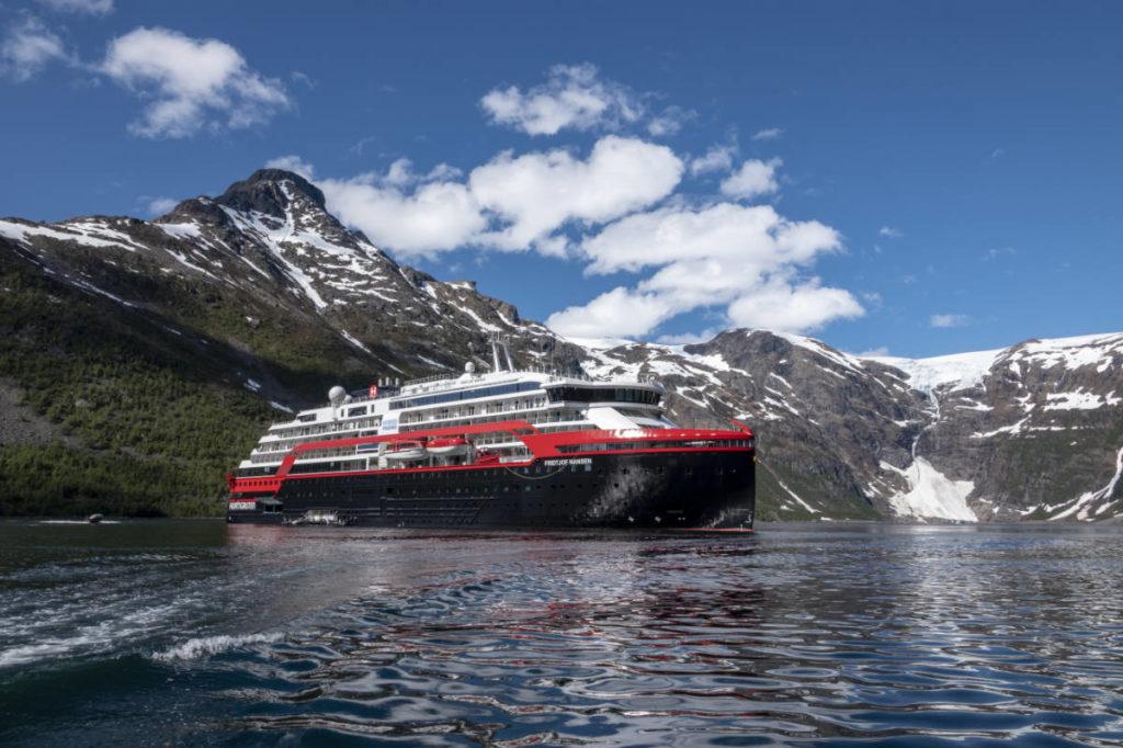 Hurtigruten Fridtjof Nansen - Bildquelle: Hurtigruten Expeditions, Andrea Klaussner