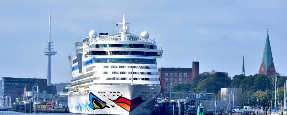 Kieler Woche, AIDAluna in Kiel - Bildquelle: AIDA Cruises